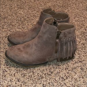light brown/taupe booties size 5.5